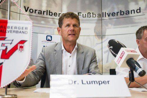 Nicht nur Vorarlbergs Fußballpräsident Dr. Horst Lumper wünscht sich einen Bundesligaklub. Foto: Steurer