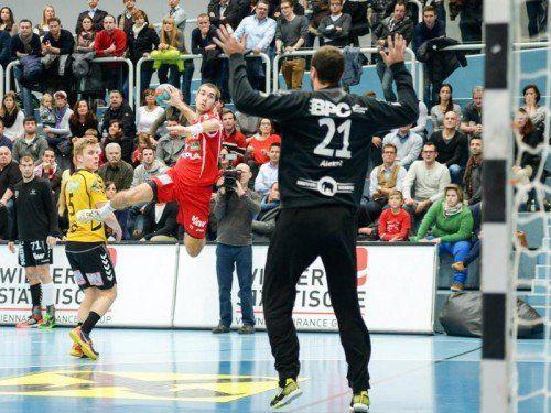 Thomas Weber und Co. empfangen zum Play-off-Auftakt heute Krems. Foto: gepa