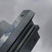 Deutsche Bank drückt Finanzmärkte ins Minus