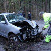 Lebensgefährlich verletztes Paar harrte Nacht im Wald aus