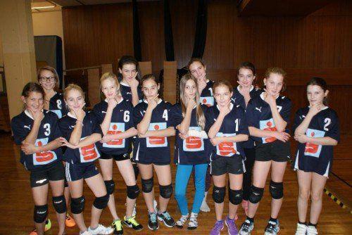 Die Mädchen der VSMS Satteins, 2013 Landessieger, blieben in allen sechs Vorrundenspielen siegreich. Foto: privat