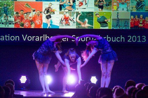 Die Rhythmischen Gymnastinnen des Vorarlberger Landeskaders sorgten für das Showprogramm.