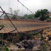 Friedhofsbrücke stürzte ein