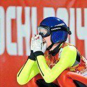 Iraschko-Stolz springt zu Silber Dritte Medaille für Österreich