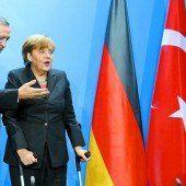 Merkel lässt Erdogan zappeln
