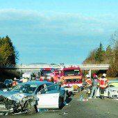 St. Gallen: Auffahrunfall mit sechs Autos forderte drei Verletzte