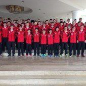 60 Akademie-Spieler trainieren unter türkischer Sonne