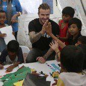 Beckham spricht Haiyan-Opfern Mut zu