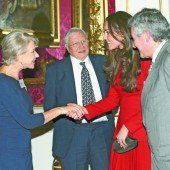 Britische Filmstars zu Gast im Königspalast