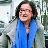Mikl-Leitner nimmt Reform von Promi-Einbürgerungen in Angriff