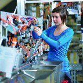 Betriebe bemühen sich um weibliche Lehrlinge