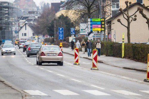 Vom neuen Badesteg bis Höhe Schanzgraben wird die Pipeline neu gestaltet, während der Bauzeit ist die Busspur für die Radfahrer reserviert.