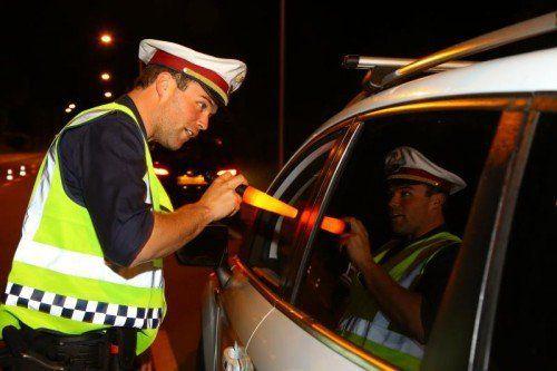 Die Polizei kündigt weitere Schwerpunktkontrollen in der Adventzeit an. vn/hb