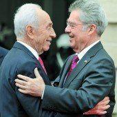 91-jähriger Peres erinnert an seine Zeit mit dem 75-jährigen Fischer