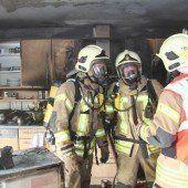 Überhitzte Herdplatten hielten Feuerwehren in Atem(schutz)