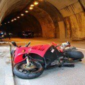 Frontalkollision im Tunnel