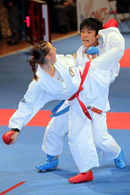Bettina Plank hat bei der Karate-WM nach einer umstrittenen Halbfinalniederlage gegen die Japanerin Miyahara wie 2016 in Linz das kleine Finale erreicht. ÖKB