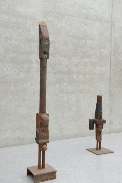 Neu in der Sammlung: Eisenskulpturen von Edwin Neyer.  Foto: KUB