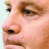 Uli Hoeneß verurteilt, das Gefängnis wartet