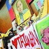 Taiwanesisches Parlament besetzt