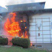 Feuer fraß sich von der Küche bis zum Dach