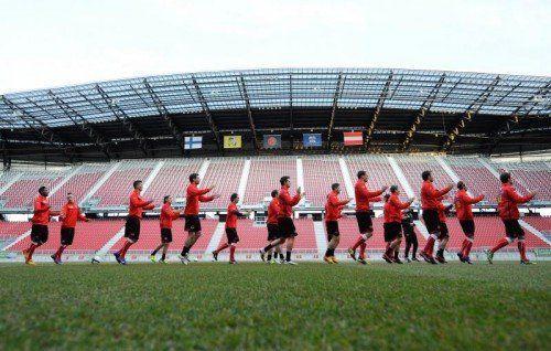 Heute werden die Spieler im Wörtherseestadion trainieren. Foto: apa