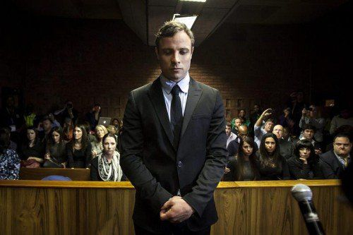 Im Mordprozess gegen Pistorius will die Staatsanwaltschaft nachweisen, dass der 27-Jährige mit Absicht seine Freundin erschoss. Foto: ap