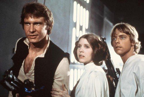 """Episode IV – Eine neue Hoffnung: """"Krieg der Sterne"""" kommt 1978 unter der Regie von George Lucas in die Kinos. Die Rebellen wehren sich gegen die Unterdrückung durch das Imperium. An der Spitze der dunklen Streitmächte steht Darth Vader."""