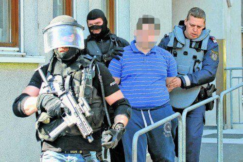 Kaum eine Stunde nach dem Raub wurde der Verdächtige verhaftet.  Fotos: VN/Hofmeister
