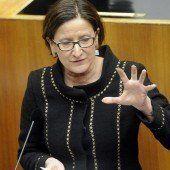 Mikl-Leitner will längere Haft für Einbrecher