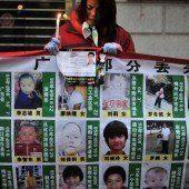 Chinesische Polizei befreit Hunderte Babys