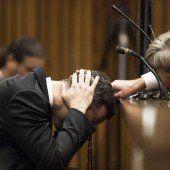 Oscar Pistorius bricht vor Gericht in Tränen aus
