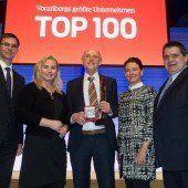 VN-Wirtschaftspreis an Wolfgang Blum verliehen