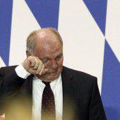 Hoeneß legt Ämter nieder und geht ins Gefängnis