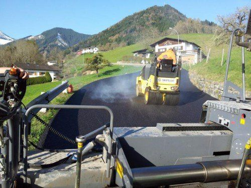 1,5 Kilometer lange Straße wurde neu asphaltiert.  Foto: Gemeinde