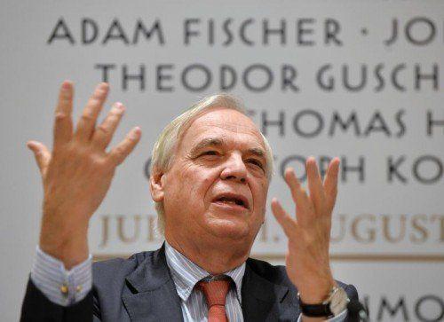 Alexander Pereira wehrt sich gegen Kritik. FOTO: APA