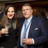 Banker Klaus Mangold mit Kristina Jochim.