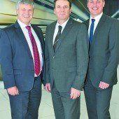 BMW-Austria-Team: Ewald Lukesch, GF Kurt Egloff und Vertriebsleiter Peter Pixner.