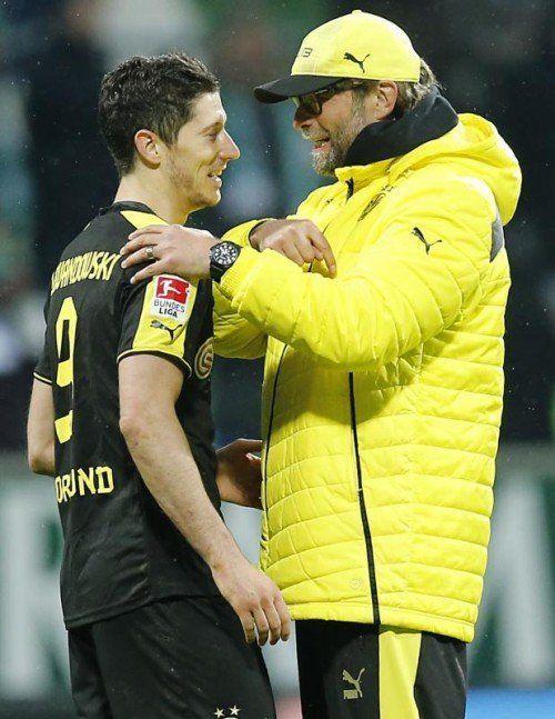 BVB-Coach Jürgen Klopp (r.) mit Hoffnungsträger Robert Lewandowski. ap
