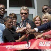 Jon Bon Jovi eröffnete Haus für Obdachlose