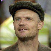 Flea schreibt an Memoiren