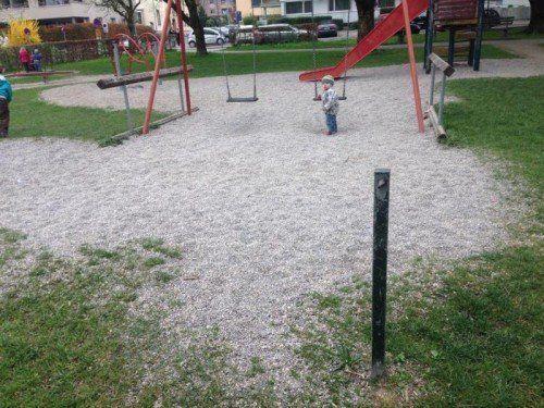 Der kaputte Wasserspender beim Spielplatz am Kulturhaus soll repariert werden, so die Forderung im Bürgerforum Vorarlberg.