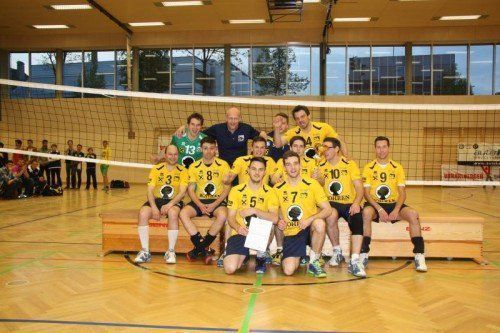 Die Herren des Raiffeisen VC Wolfurt holten den 16. Cup-Titel in der Vereinsgeschichte. Foto: Domig