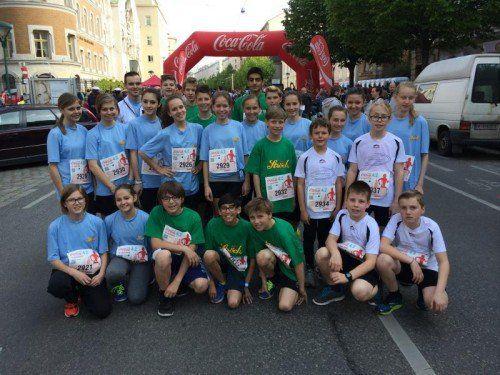 Die Mädchen und Buben des Marathon Teams Hard-Mittelweiherburg und des Marathon Teams Fußach. Foto: privat