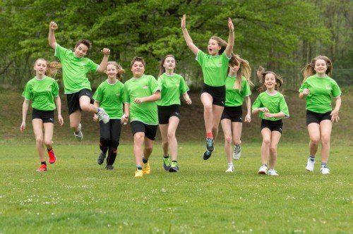 Die Mädels vom BG Feldkirch Rebberggasse sind fleißig am Trainieren. Am 30. April wollen sie alle möglichst viele Runden laufen.  Stiplovsek