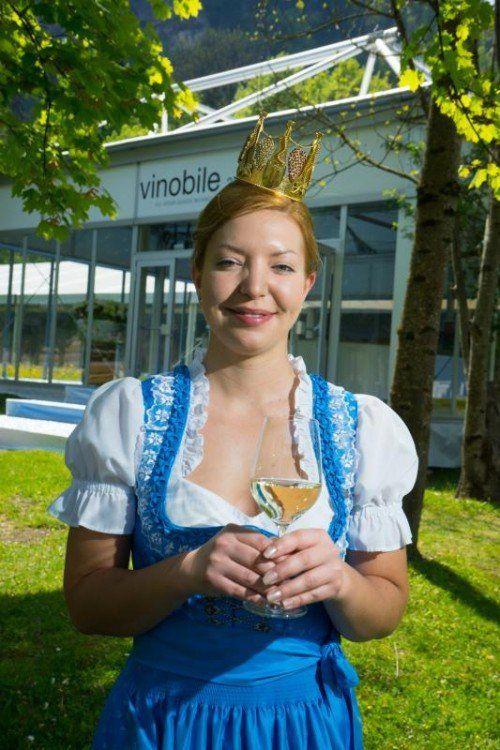 """""""Eine Ehre und Herausforderung"""": Kathrin Watzdorf aus Feldkirch ist die neue Botschafterin des Vorarlberger Weins.  Foto: Hartinger."""
