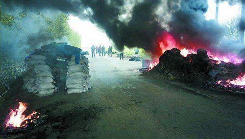 Eskalation im Osten der Ukraine: In Slawjansk gingen die ukrainischen Truppen gestern scharf gegen Separatisten vor. Foto: AP