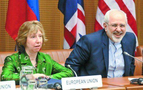 EU-Außenbeauftragte Ashton mit iranischem Minister Zarif. Foto: AP
