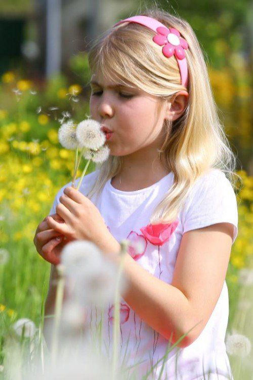 Feature Pusteblume mit der 7jährigen Emilie aus Schwarzach;