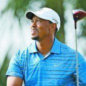 Woods bangt um Platz eins